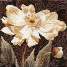 Набор для вышивания крестом Алиса Белые цветы. В объятиях света. (2-18)