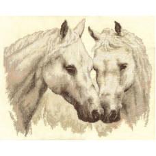 Пара белых лошадей (Ж-1066)