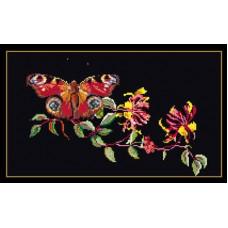 Бабочка на цветущей ветке (TG43905)