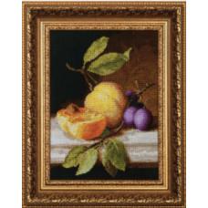 Натюрморт с персиком (М-79)