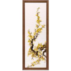 Набор для вышивания крестиком Чарівна мить Желтая сакура (М-94)