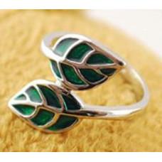 Кольцо Зеленые листья (6316)