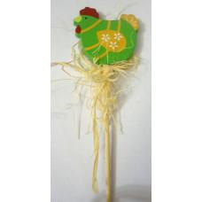 Декор на палочке для цветов Курочка в зеленом
