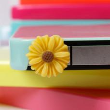 Заглушка разъема телефона Желтый цветочек
