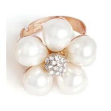 Кольцо Белоснежный цветок