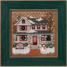 Набор для вышивания Mill Hill Гостиница зимой (MH143302)