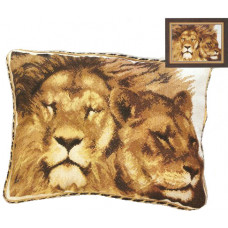 Подушка Львы (410)