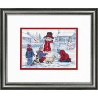 Набор для вышивания крестом Dimensions Лепим снеговика (70-08993)