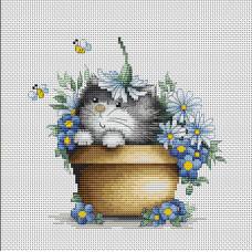 Котенок в цветах (B1048)