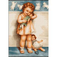 Девочка с куклой (B370)