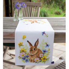 Дорожка на стол Заяц и цветы (PN-0149065)