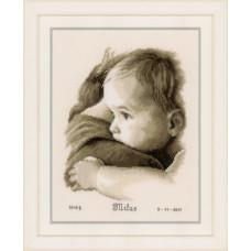 Объятие ребенка (PN-0158510)**