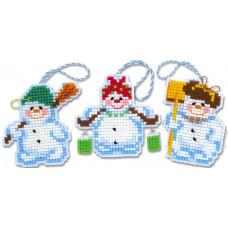 Набор для вышивания крестом Риолис Новогодние игрушки Снеговички (1681АС)