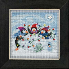 Набор для вышивания Mill Hill Игривые пингвины (MH141832)