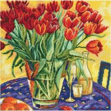 Тюльпаны на столе (M376)