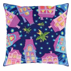 Подушка Теплый свет ночных окон (CU024)