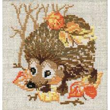 Ёжик с листочками (675)
