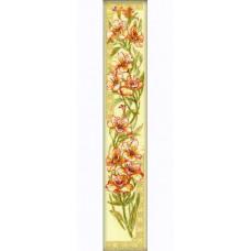 Набор для вышивания крестом Риолис Альстремерии на кремовой канве (939)