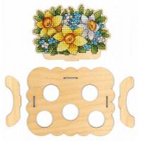Набор для вышивания крестом М.П.Cтудия Подставка «Цветочная» под яйца (О-012)
