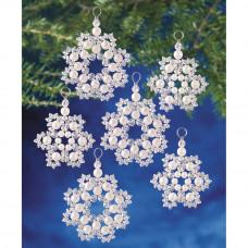 Набор для создания елочных украшений Кристальные и жемчужные снежинки (BOK 7335)